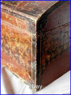 Antique dome top travel trunk folk art sponge painted chest box c 1830 dovetails